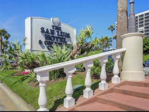 High End Condo in San Luis Hotel with Amazing View