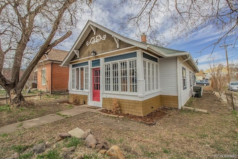 Cute Colorful Craftsman w/Central Air