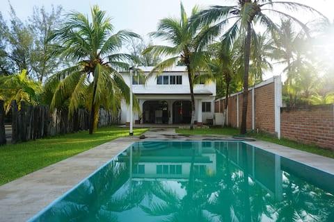 Casa linda con acceso directo a la playa