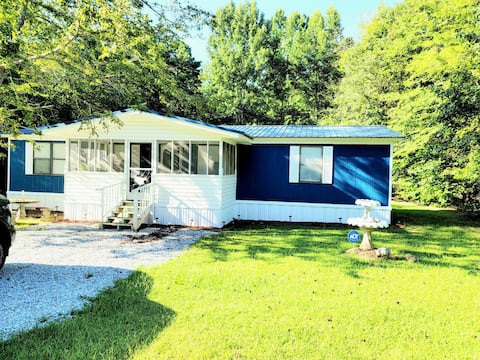 2BD/2BA Sweet Home Away From Home