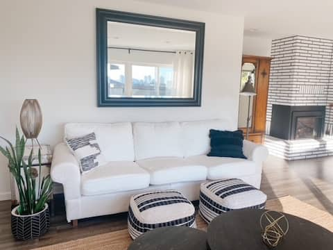 Large and bright garden level suite in New West