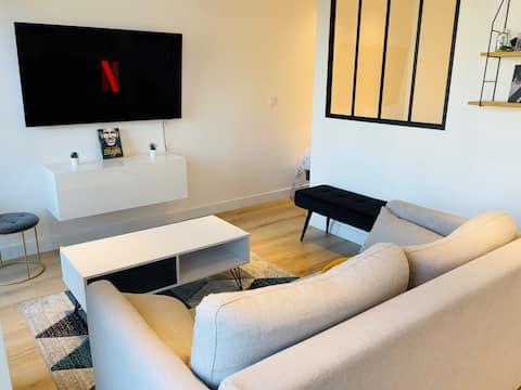 Très bel appartement, neuf et tout équipé.