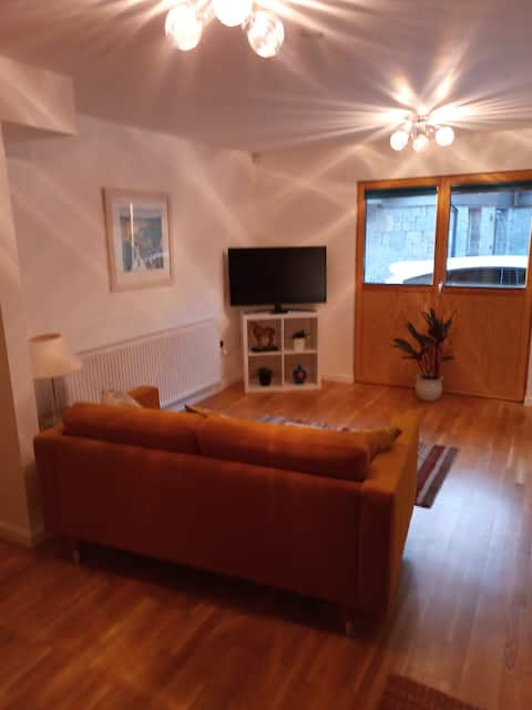 Stylish one bedroom apartment in St Ives .