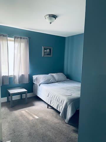 2 Guest Bedroom.