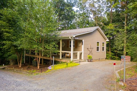 Whispering Dogwood the perfect mountain getaway!