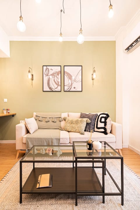 ☆Brand New Boho-Chic 1 BD Apt in Central Athens☆