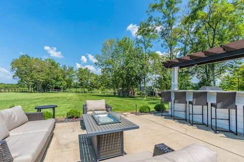 A Serene Private Estate w/ Pond & Horse Farm Views