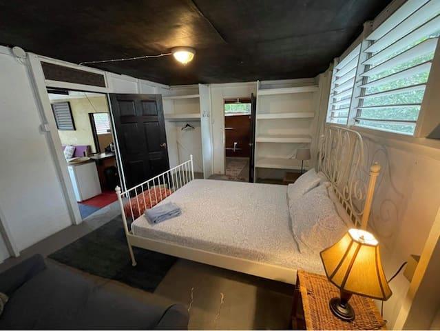 2 Bedroom Budget Cottage, Spacious & Rustic with Garden Views! Katamah Beachfront Guesthouse Treasure Beach Jamaica South Coast