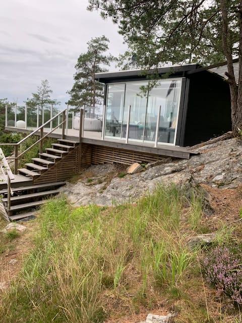 Trivelig  hytte med flott utsikt og stor terrasse