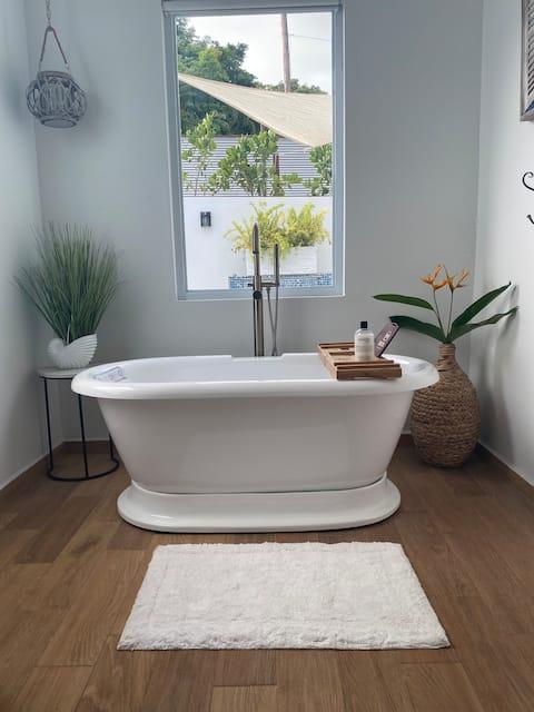 Casa Maria - Private Pool & Tub