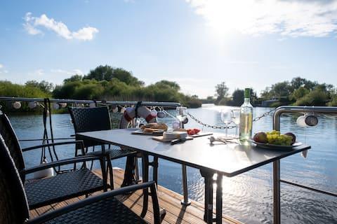 """Entspannen in der Natur auf dem Hausboot """"Anklam"""""""