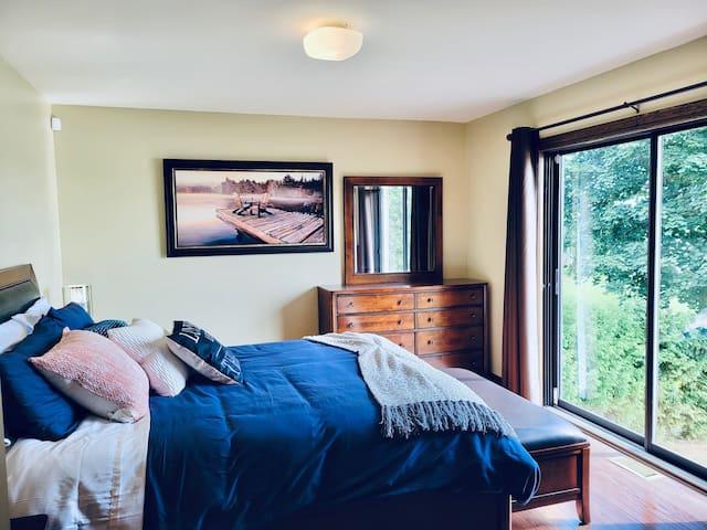 Bedroom #1 (Master) - facing sunrise!