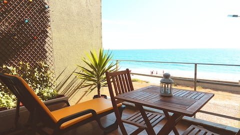 Beach view and Private access T4 Duplex Apartment