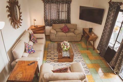 Villa Catalina - newly remodeled condo