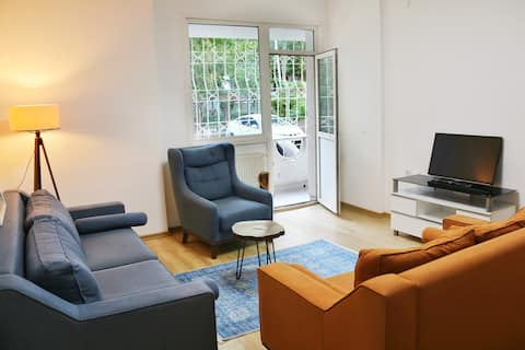 Cosy Flat in center of İstanbul, Next to Metro