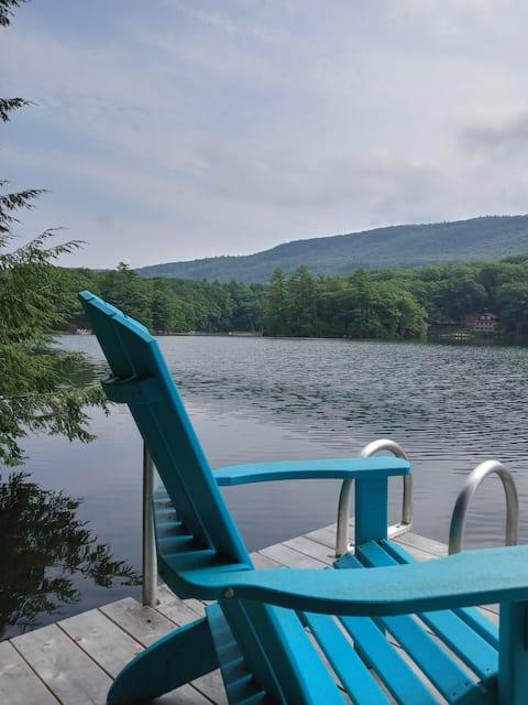 Sweet cottage on Fern Lake