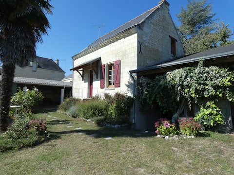 Cosy cottage in Seuilly, near Chinon
