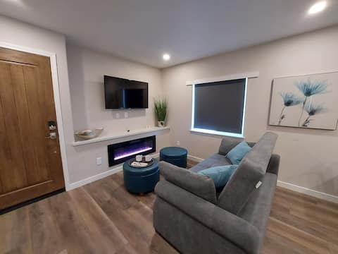 805 Central Coast Modern with Free Street Parking