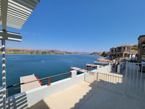 Riverfront Parker Home, 3/3 with 2 docks, Views!!!