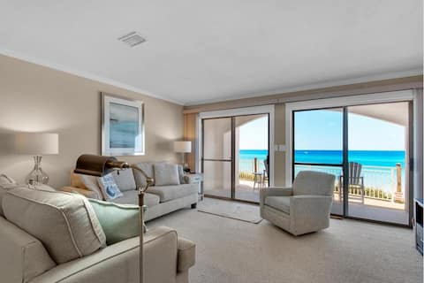 Beach front condo on the Gulf right on 30A