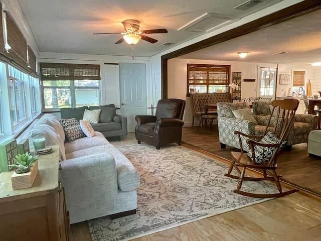 Great views of the lake in the extended living area.