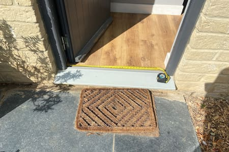 Easy acces into lodge which is wheel chair friendly as the door way is 35 inches wide, the step is 4.5 inches in height.