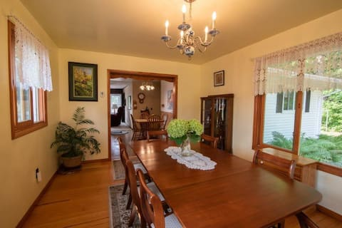 Bayfield home In town, 3 bedroom, water view