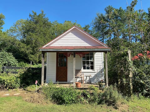 Post office/voting booth renovated to cottage