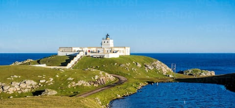 NC500 Strathy Point Lighthouse studio with a view