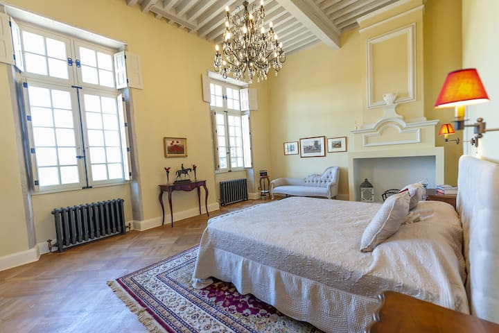 The luxurious master bedroom is very grand, comfortable and provides the perfect nights rest ready to enjoy the what the local area has to offer.