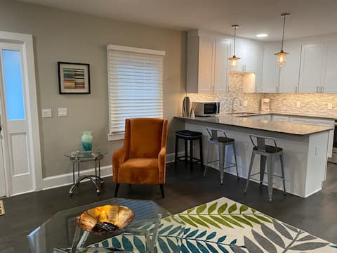 Modern Elegance in Historic Old Town Winchester