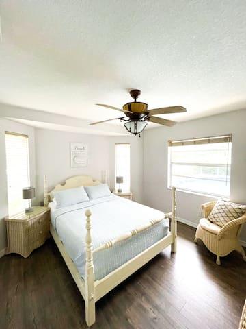 Bedroom 3 with adjustable comfort air mattress