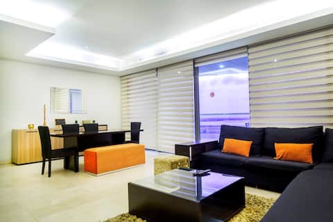 Luxury 3 Bedroom Service Apartment with Oceanview