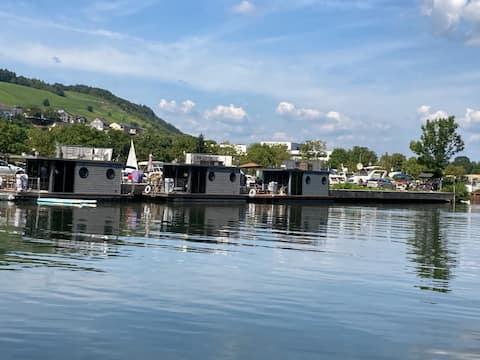 Hausboot Pölich Moselrose