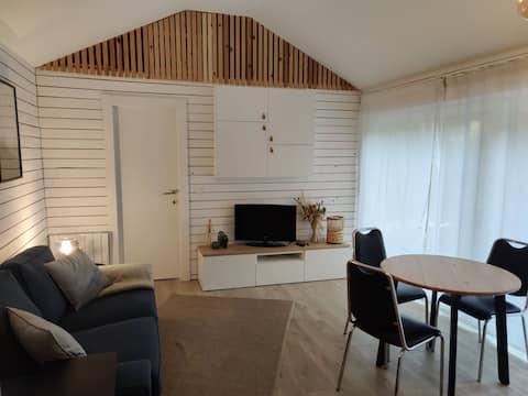Guesthouse au calme des bois.