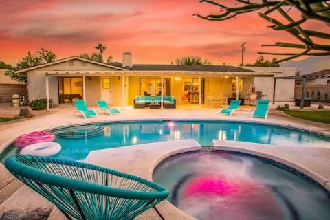 Spacious 4BR Mid-Century Oasis in Great Location
