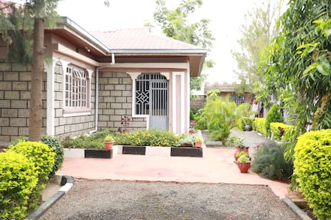 3-Bedroom Paradise just 4 You!