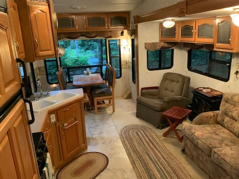 Quiet Rustic Riverside Camper in Salem Township