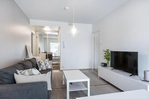 Neat apartment with a good location / connections