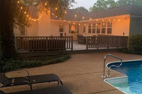 Cheerful White Brick Home w/ In Ground Pool & Deck