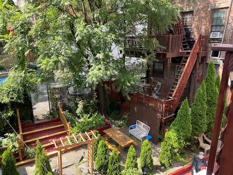 Tuscan Garden Apt at Café Capriccio Albany, NY