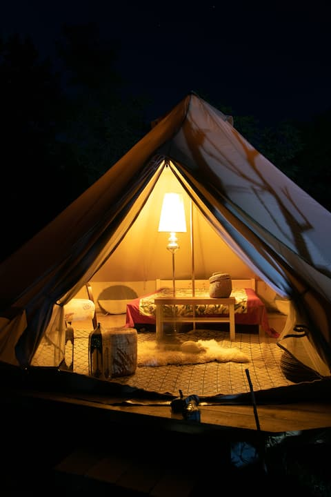 Glamping Moon House
