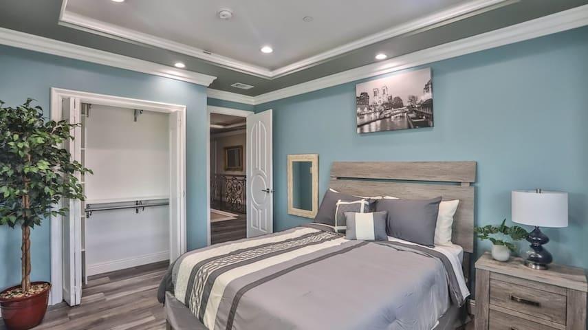 Bedroom #3: (2nd floor) 1 furnished queen bed, 1 window overlooking living room, 1 closet