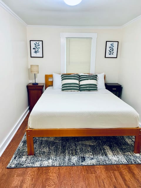 Minutes from Killington! Cozy Home w/ Washer&Dryer