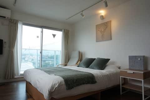 Questa camera si trova a 1 minuto a piedi dal mare, dove si trova Enoshima.