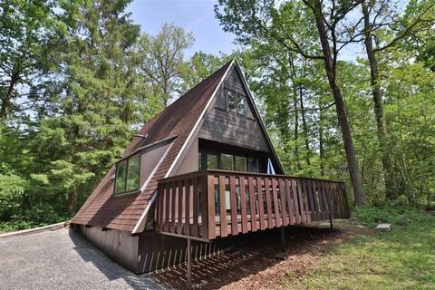 't Egeltje; huisje in het bos, op en top Ardennen