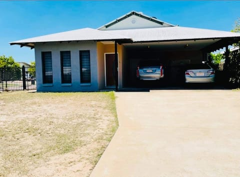 Entire house 3 bedroom, 2 bathrooms, 2 car ports