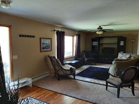 Secluded 2 bedroom home close to Hermann