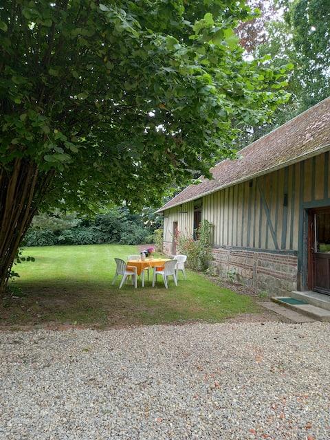 Cottage chaleureux avec jardin