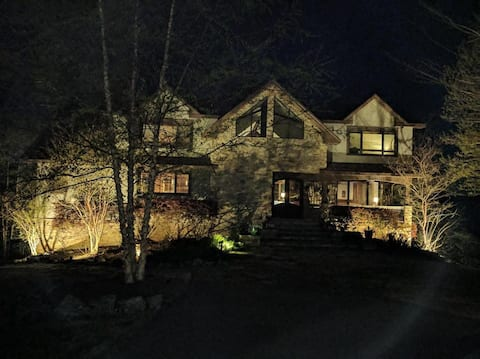 6 Bdrm Lake Gaston Executive home  w amazing views